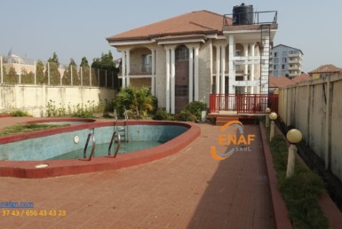 villa à vendre a conakry