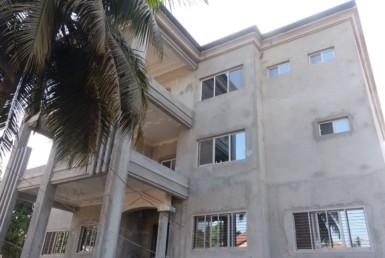 Luxueuse villa en triplex à vendre à conakry